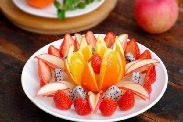 Màu sắc tươi ngon của các loại trái cây phối hợp rất đặc sắc