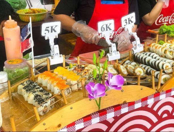 Gian hàng ẩm thực món ăn Nhật Bản
