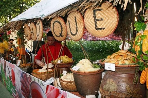 Trang trí gian hàng ẩm thực truyền thống Việt Nam