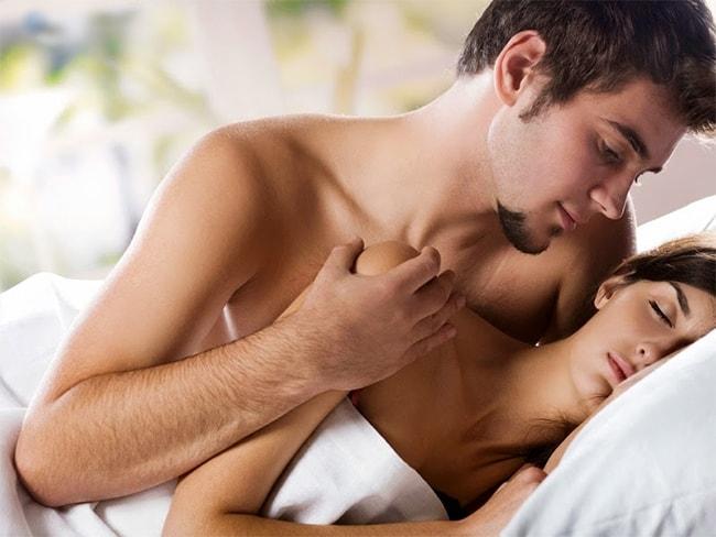 Đời sống tình dục của hai vợ chồng có vấn đề làm cho chị em phải tự sướng