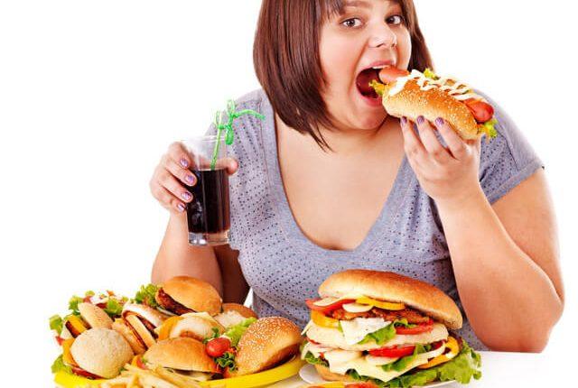 Thừa cân, béo phì thường bị tình trạng mỡ trong máu cao