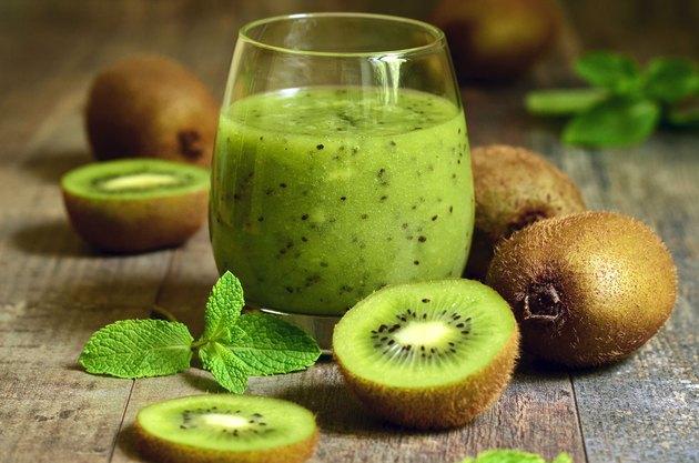 Nước ép kiwi thanh mát và giảm cân an toàn